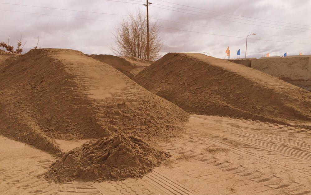 Песок желтый для засыпки фундаментов